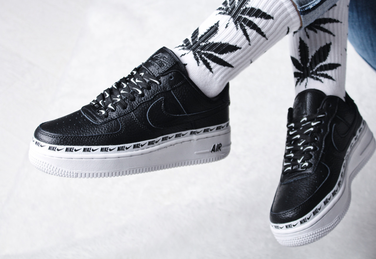Кроссовки женские Nike Air Force 1 '07 SE Premium / AH6827-002 (Реплика)