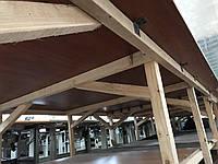 Деревянный раскройный стол с полкой