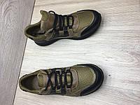 Кроссовки повседневные из натуральных материалов с прошитой подошвой