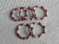 Браслет жемчуг красный  с крестиком