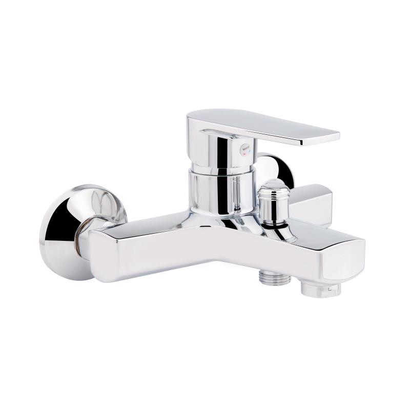 Смеситель для ванны пластик Sanitary Wares Brinex 35C 006 хром