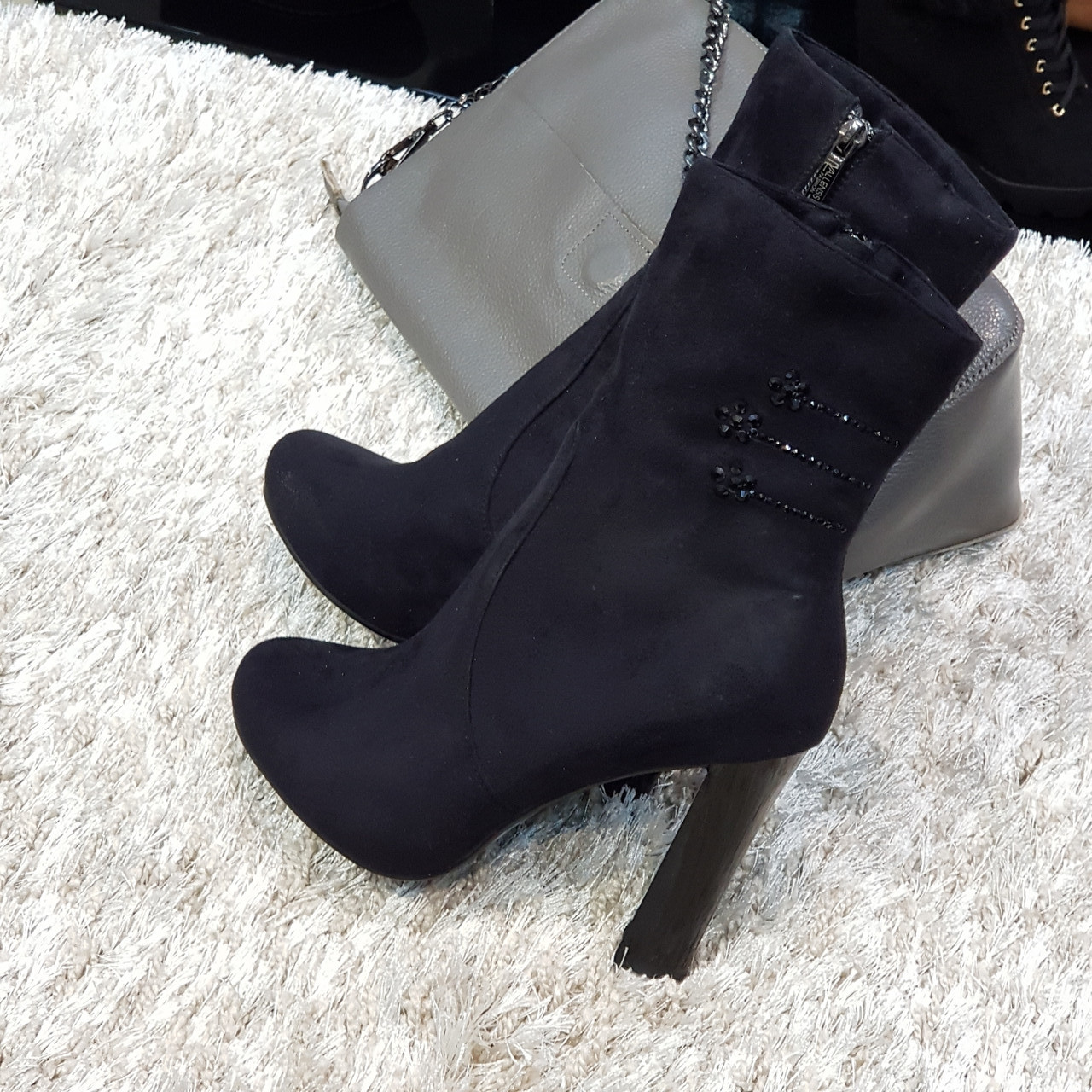 Ботинки женские демисезонные весна-осень на каблуке черные искусственная замша