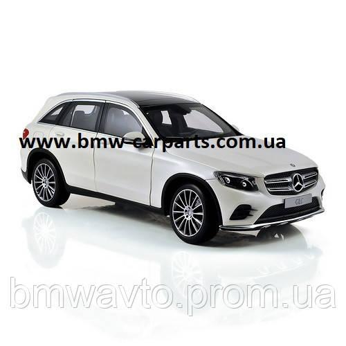 Модель Mercedes-Benz GLC (X253), Diamond White, 1:18 Scale