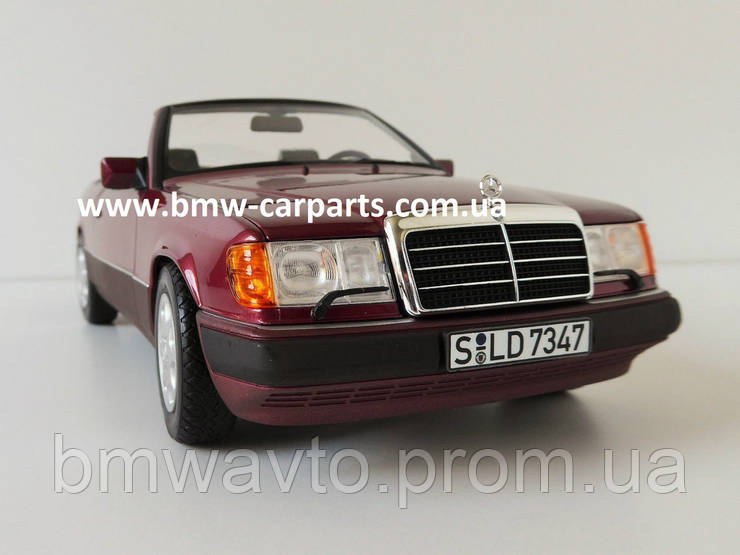 Модель Mercedes-Benz 300 CE-24 Cabriolet A124 1:18 Scale, фото 2