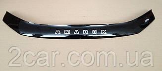 Дефлектор капота для VW Amarok (2010>) (VT-52)