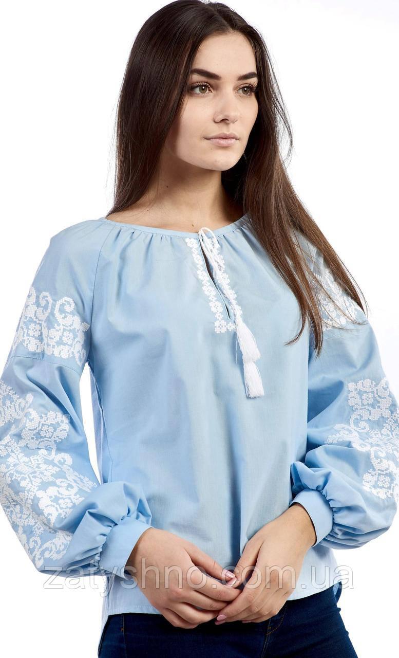 Женская вышиванка в голубом цвете, нежная