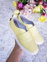 Нежно желтые мокасины слипоны детские и подростковые кожа натуральная 32-41 размер производитель обуви