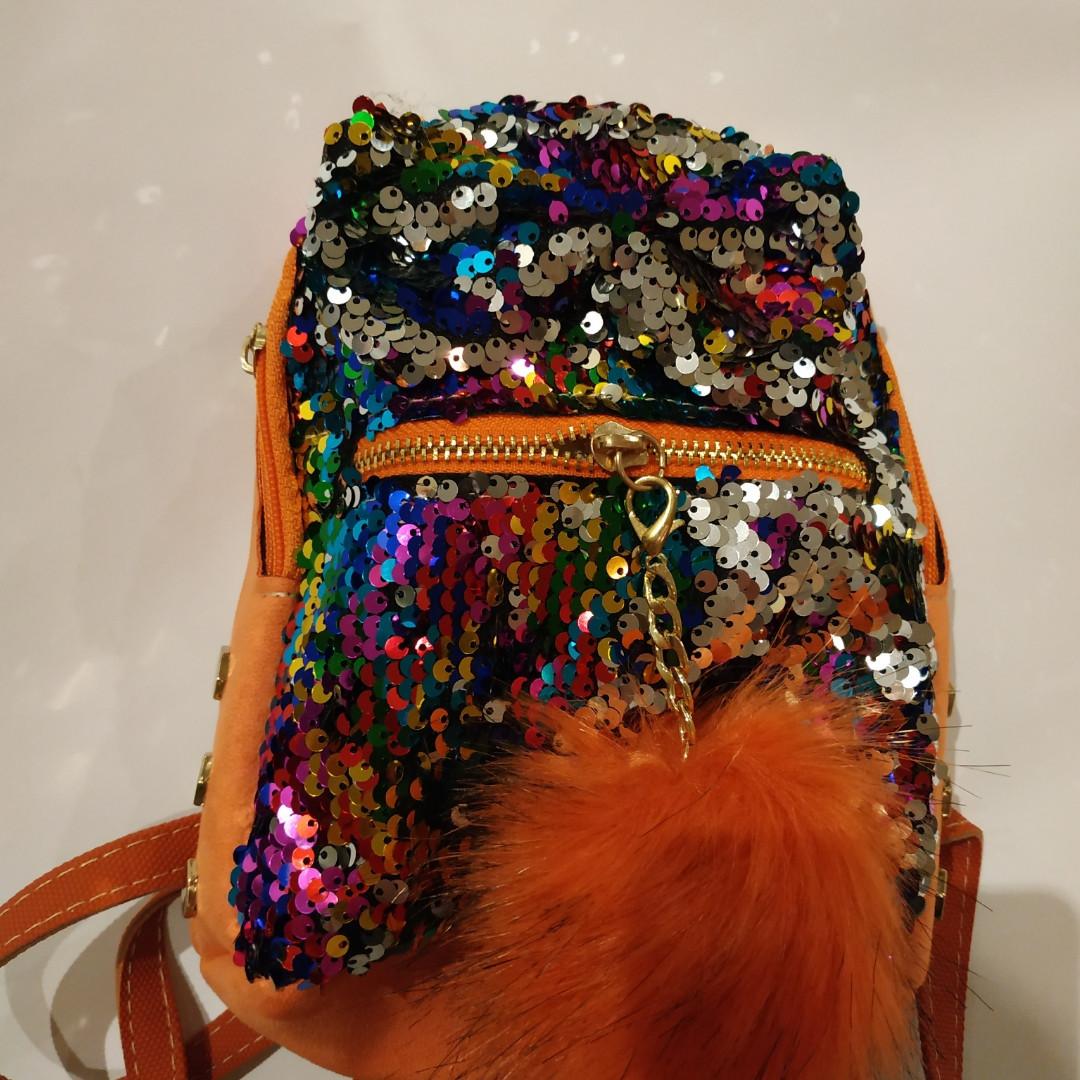 Рюкзак с паеткой оранжевый с пушком