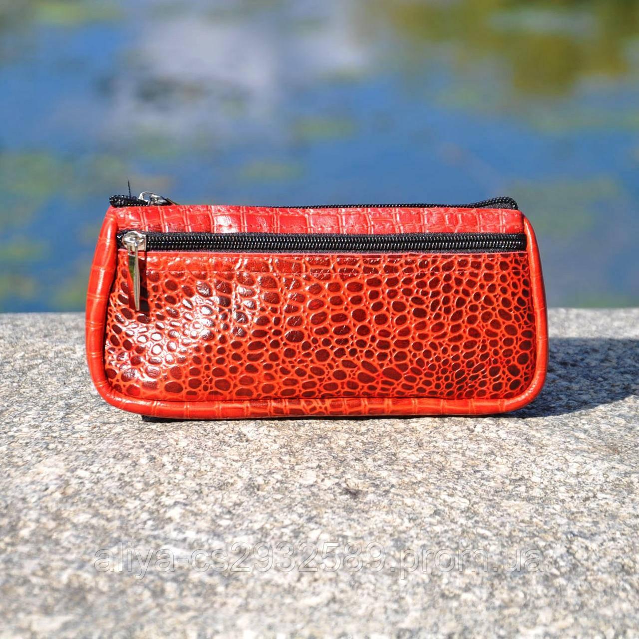 Кожаная косметичка Токио крокодиловая красная