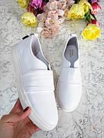 Белые слипоны мокасины балетки женские кожаные весна лето комфортная полностью белые удобные мокасин