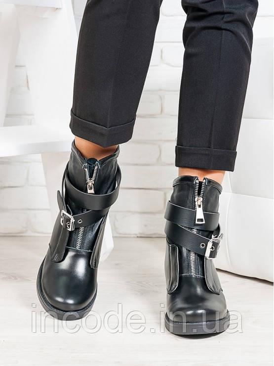 Ботинки Patrick черная кожа 6703-28
