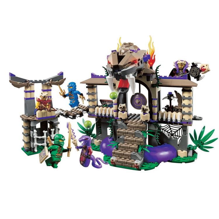 Конструктор Ninja Храм клана Анакондрай, 528 деталей