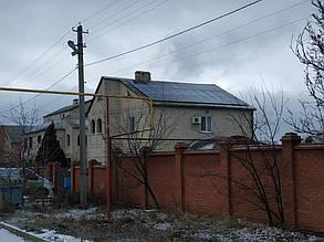 Вид на готовое фотополе на крыше дома.