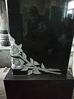 Памятник с розами и крестом №13