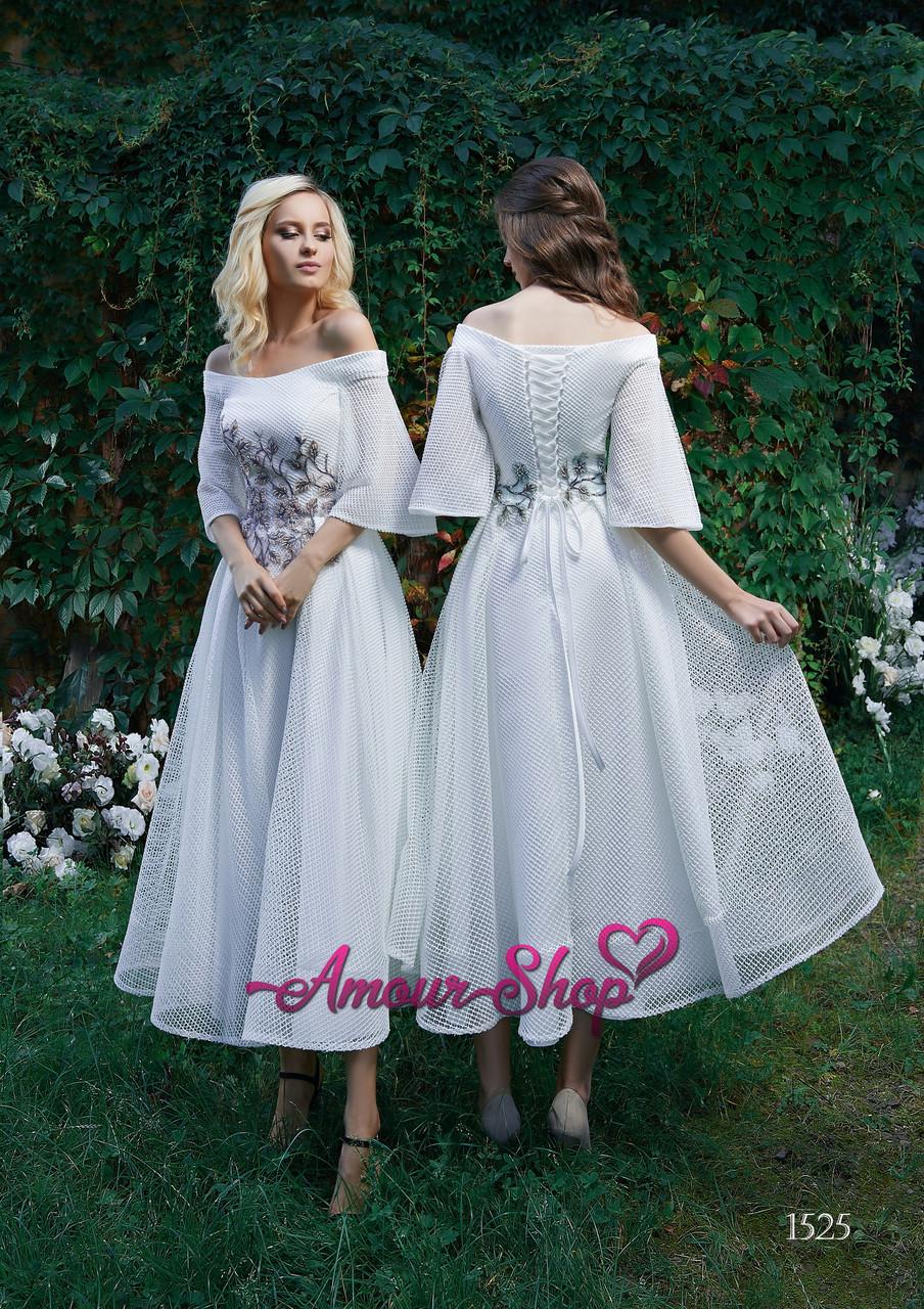 Нарядное платье в этно стиле , длина миди