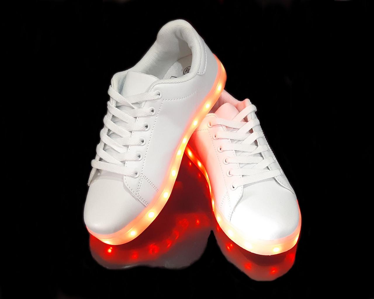 Кроссовки с LED подсветкой унисекс White 651