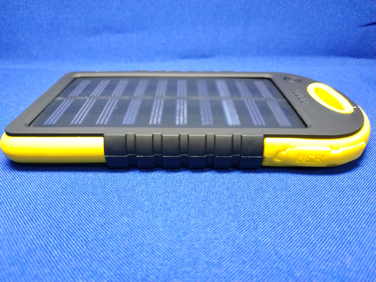 1d4e8af7fa932 Power Bank Solar 30000mA на солнечных батареях с фонариком (желтый) -  Elektroniki-net
