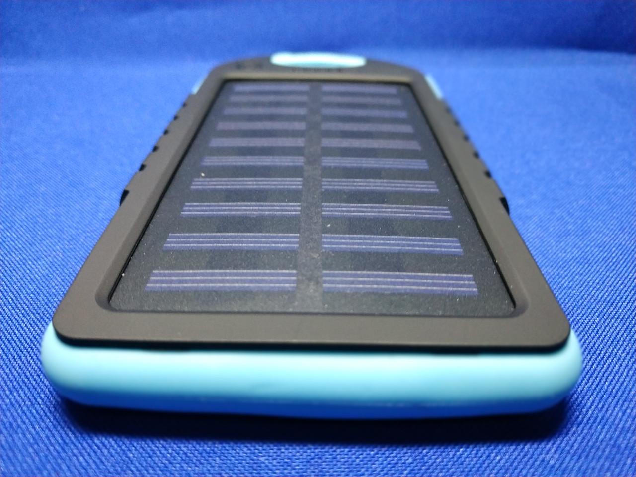 Power Bank Solar 10000mA на солнечных батареях с фонариком (Голубой)