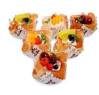 Набор из 6 декоративных десертов Ягодная корзинка QS-03