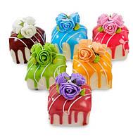 Набор из 6 декоративных десертов, магнитов Сладкие розы QS-15