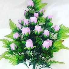 Искусственная роза на папоротнике., фото 2