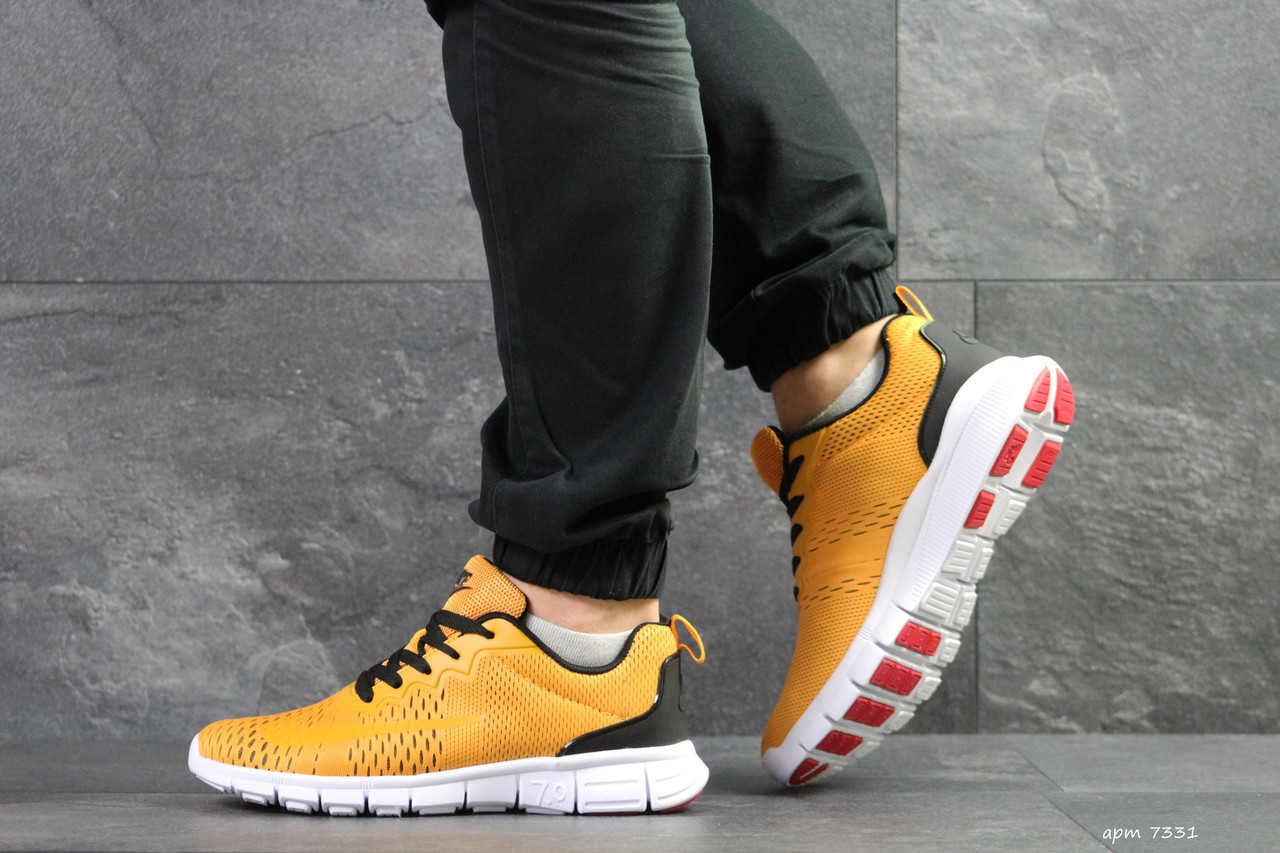 20519b92 Мужские кроссовки Nike Free Run 7.0 рыжие (Реплика ААА+) - bonny-style