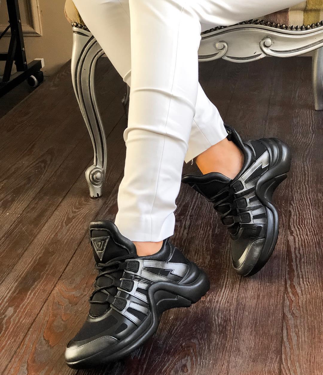 Модные женские кожаные кроссовки в двух расцветках