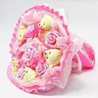 Букет из игрушек 5 Мишки с розами в розовом