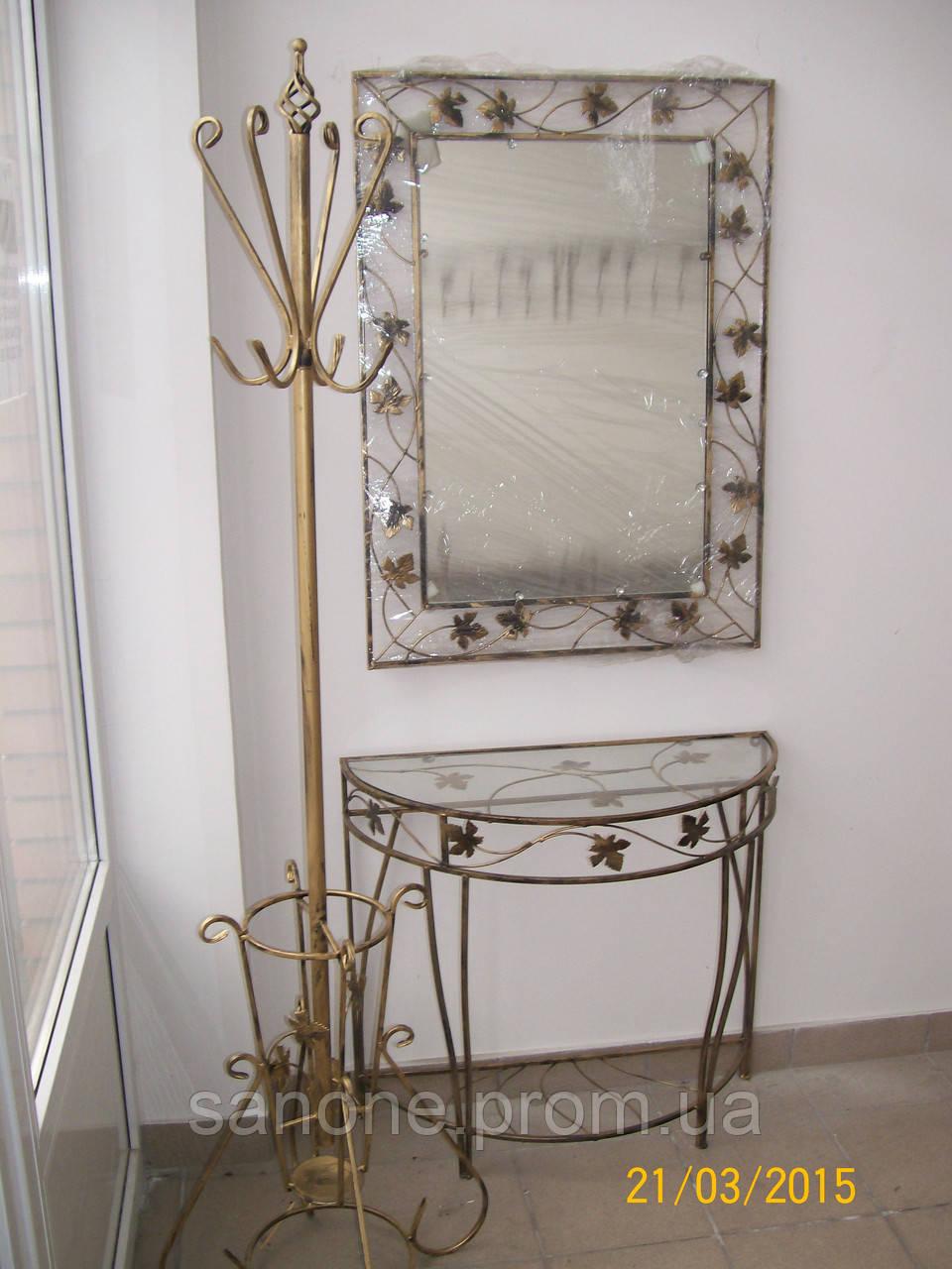 Кованое зеркало без полочки большое.