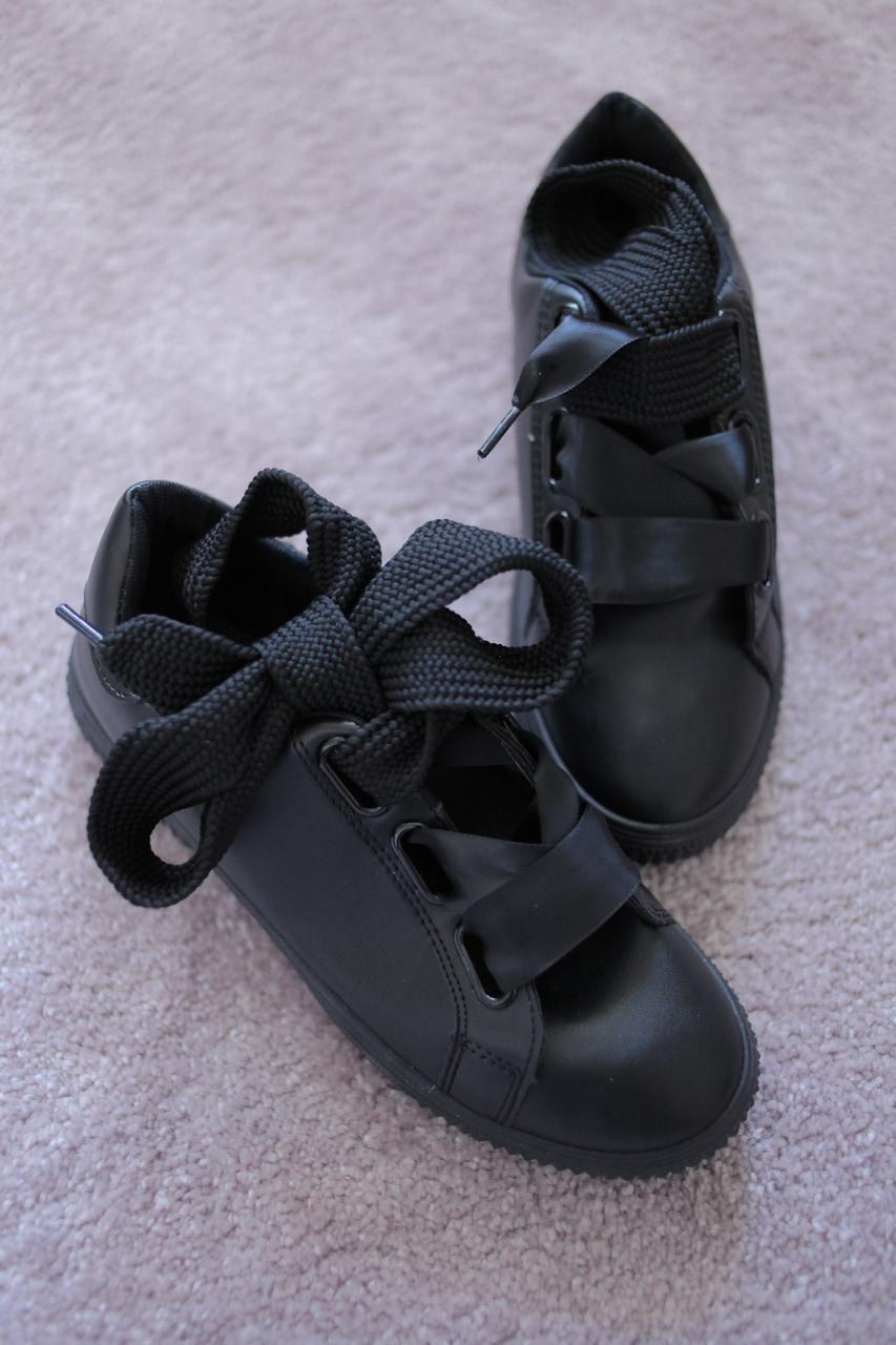 Женские кроссовки туфли полностью черные с широкими шнурками кожа 38-39