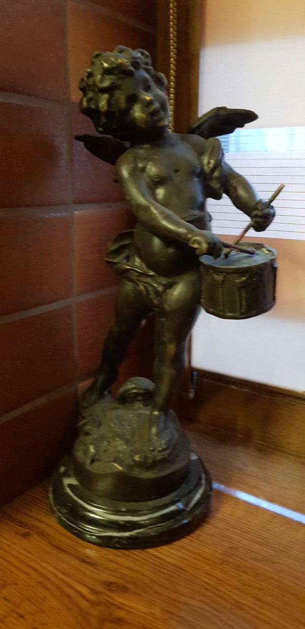 Статуэтка Ангелочек с барабаном  бронза 1-я пол.ХХ века Бельгия