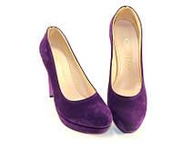 Модельные красивые туфли на высоком каблуке