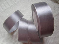 Лента атлас 2,5 см серая серебристая