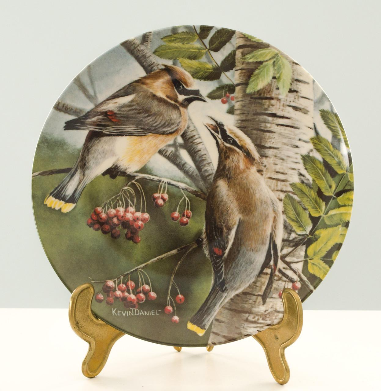 Коллекционная фарфоровая тарелка, фарфор, The Cedar Waxwing, Knowles, Англия, 1987 год