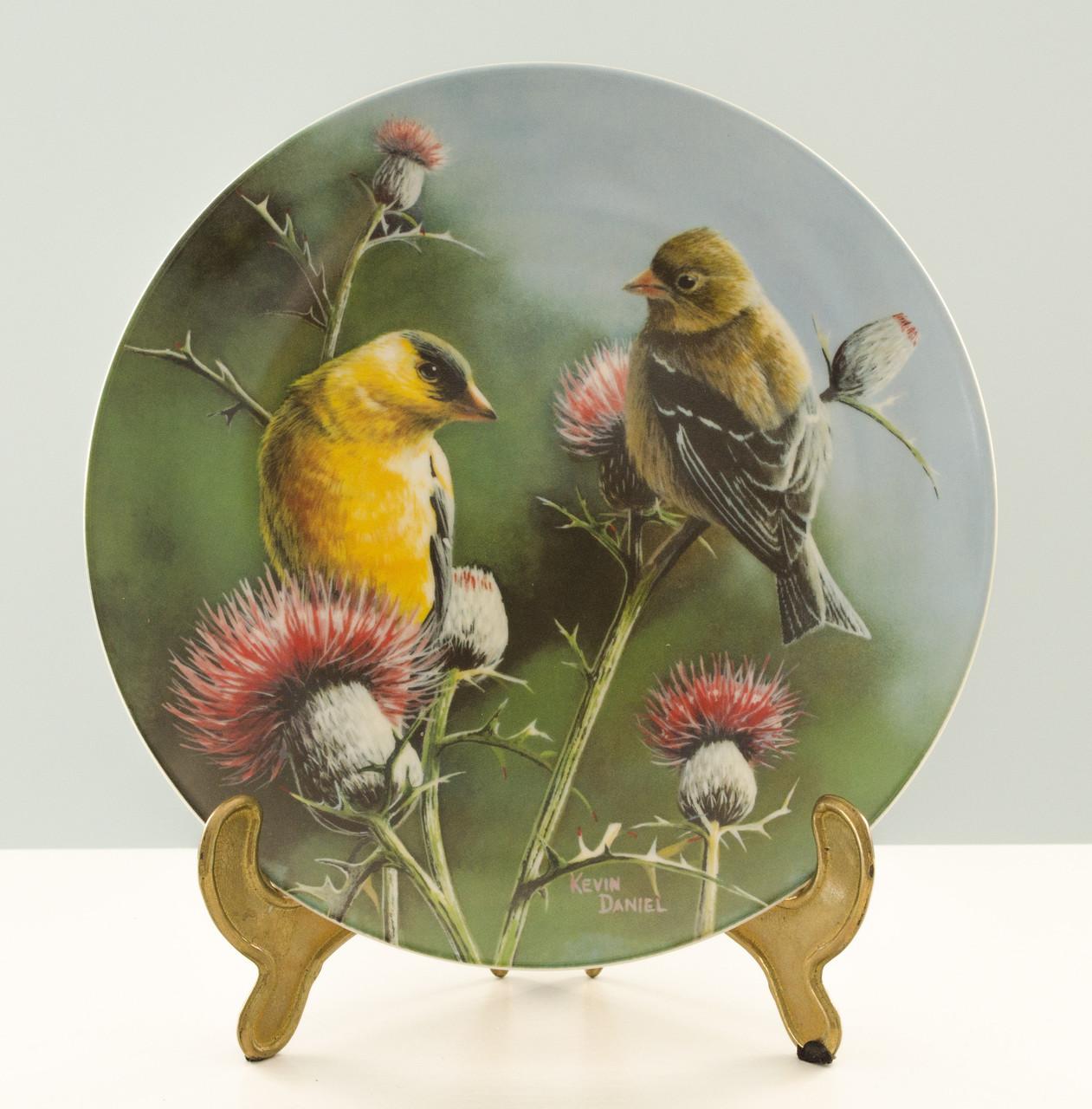 Коллекционная фарфоровая тарелка, фарфор, The goldfinch, Knowles, Англия, 1987 год