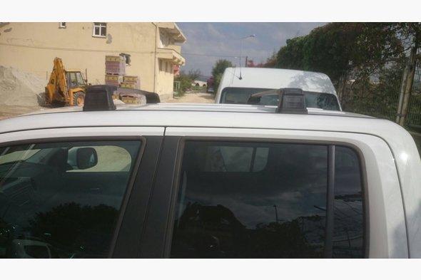Поперечены в штатные места (2 шт) Volkswagen Caddy 2010-2015 гг. / Volkswagen Caddy 2015↗ гг.