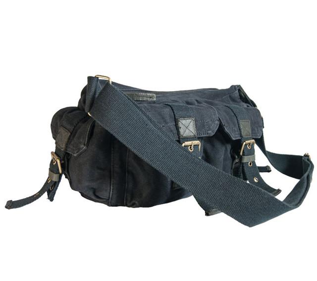 Молодежная мужская черная сумка