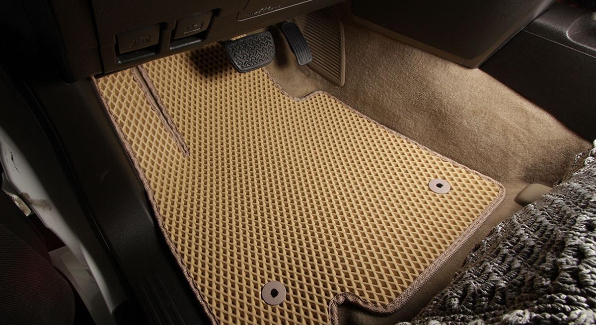 """Автоковрики ЭВА от ТМ """"EvaKovrik"""" для Toyota Land Cruiser 200 2007-2012 / Lexus LX III"""