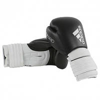 """Боксерские перчатки adidas """"Hybrid 300"""". Цвет черно-белый."""