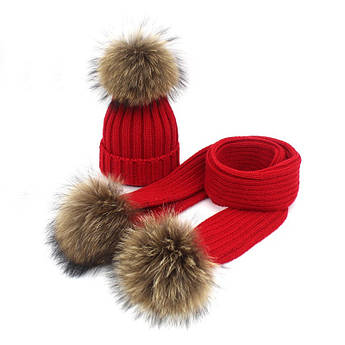 Набор шапка + шарф на меху с помпонами красный