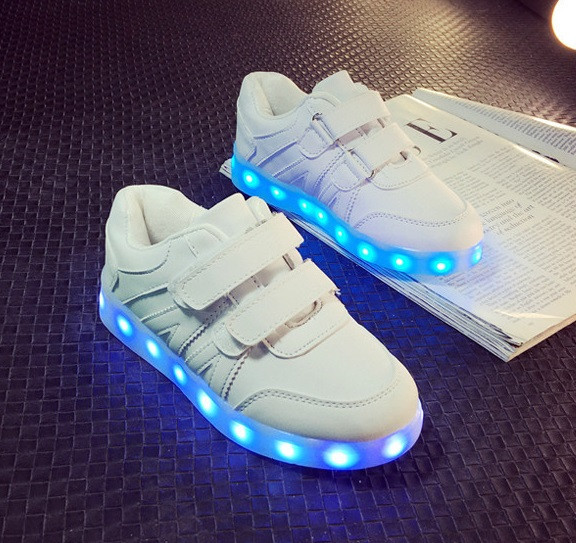 """Детские LED кроссовки светящиеся """"Белые детские"""" со светящейся подошвой 25"""