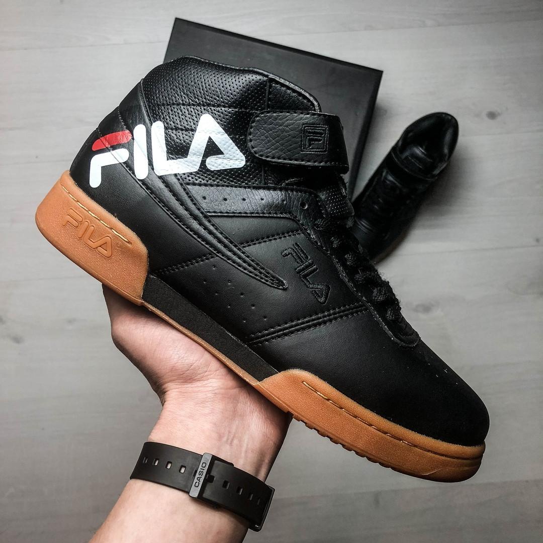 Кроссовки мужские весенние черные на коричневой подошве Fila топ-реплика