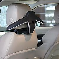 Автомобильная вешалка для одежды Lux