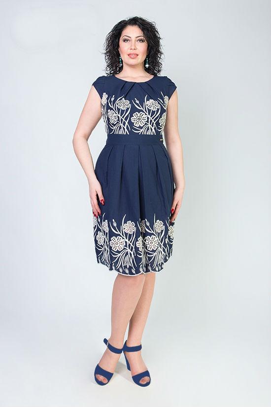 Красивые женские платья с вышивкой  продажа c7b0b195b25b8