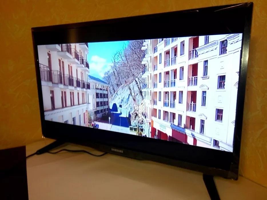 Телевизор Samsung 32 дюйма смарт smart tv FULL HD +T2 40/28/24/22/19