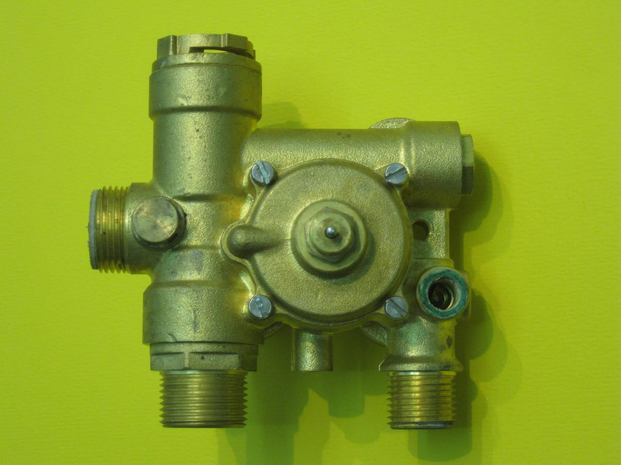 Гидрогруппа выхода воды (трехходовой клапан) Fugas CB11030010 Zoom Boilers, Rens, Weller