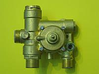 Гидрогруппа выхода воды (трехходовой клапан) Fugas CB11030010 Zoom Boilers, Rens, Weller, фото 1