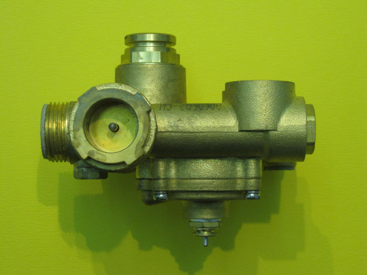 Гидрогруппа выхода воды (трехходовой клапан) Fugas CB11030010 Zoom Boilers, Rens, Weller, фото 3