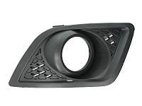 Решетка в бампер Ford Fiesta 06-08 левая с отверстиями для противотуманок 2805 995, 1375902 Код:875317921