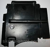 Кожух решетки на 4 фары Гольф-2 191853664C